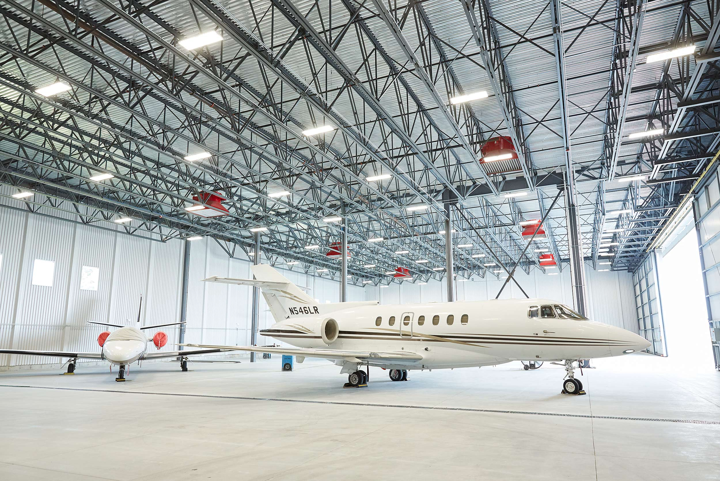Corporate hanger - Steve Craft Photography - Phoenix Arizona Aviation Photographer