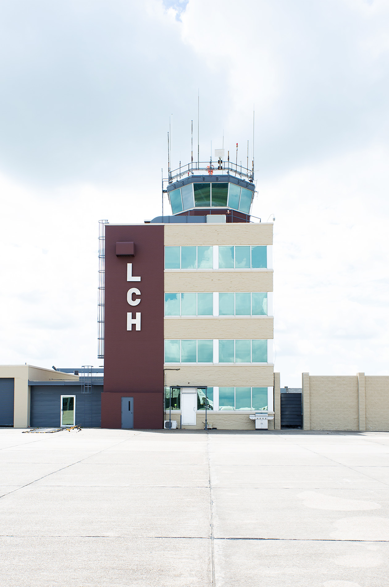 LCH Airport - Steve Craft Photography - Phoenix Arizona Travel Photographer