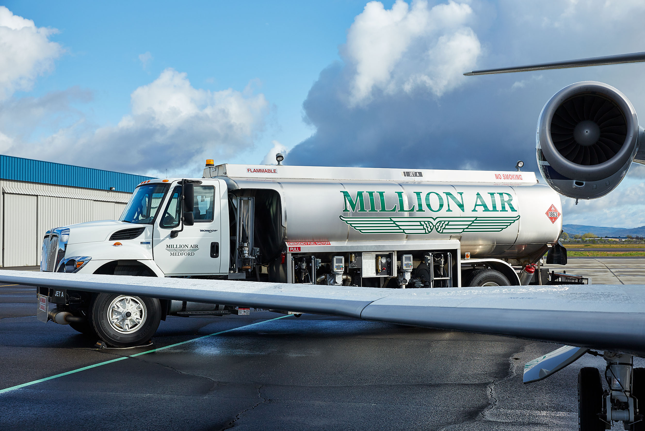 Million Air Medford - -Steve Craft Photography - Phoenix Arizona Corporate Photographer