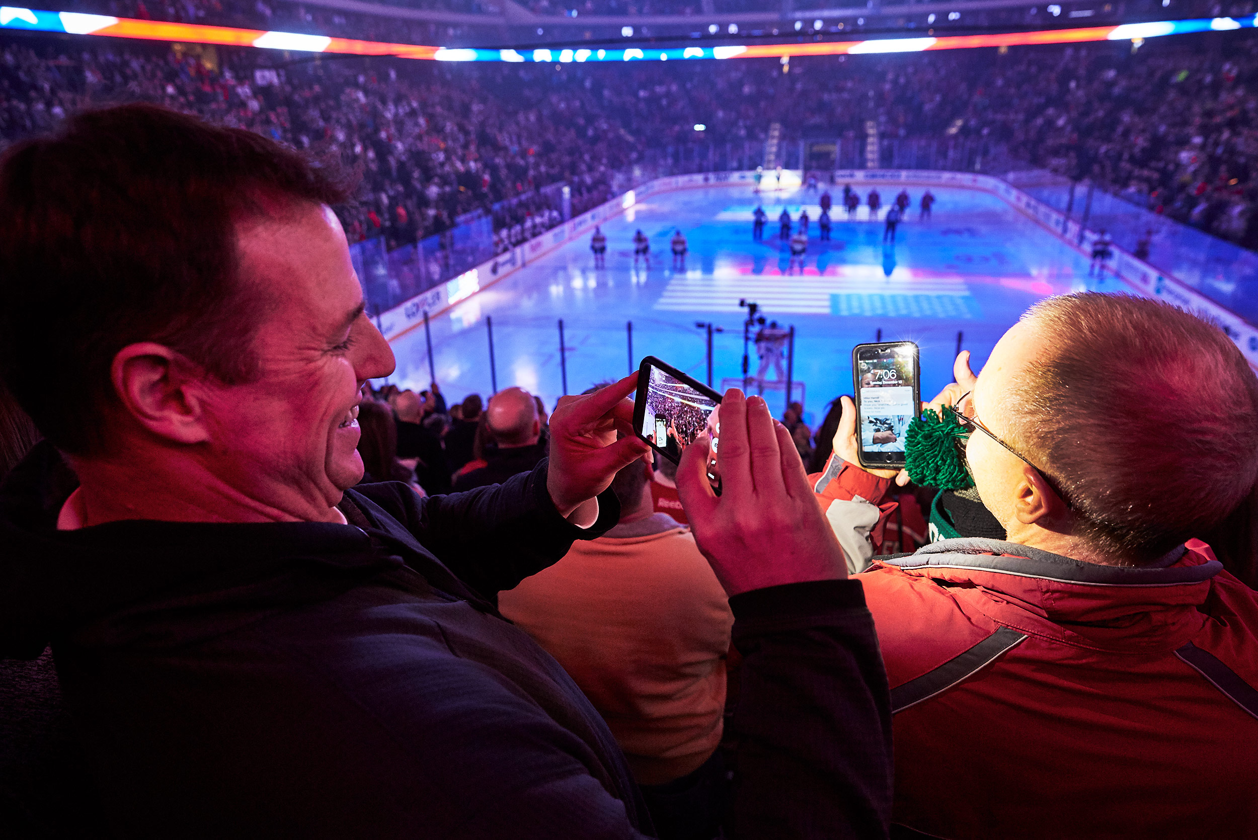 Minnesota Wild fans - Steve Craft Photography - Phoenix Arizona Corporate Photographer