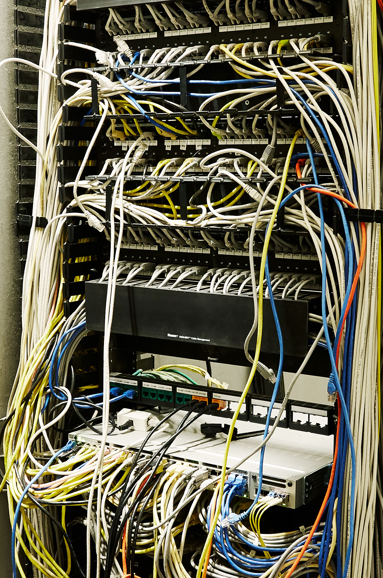 Server wires at Xcel Center - Steve Craft Photography - Phoenix Arizona Corporate Photographer